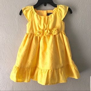 Chaps Eyelet Button Closure Dress Girl Sz 12 Month